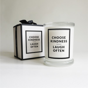 Lighten up candle co - Choose kindness-01
